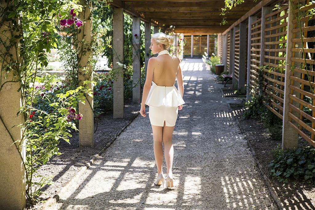 whitedress18