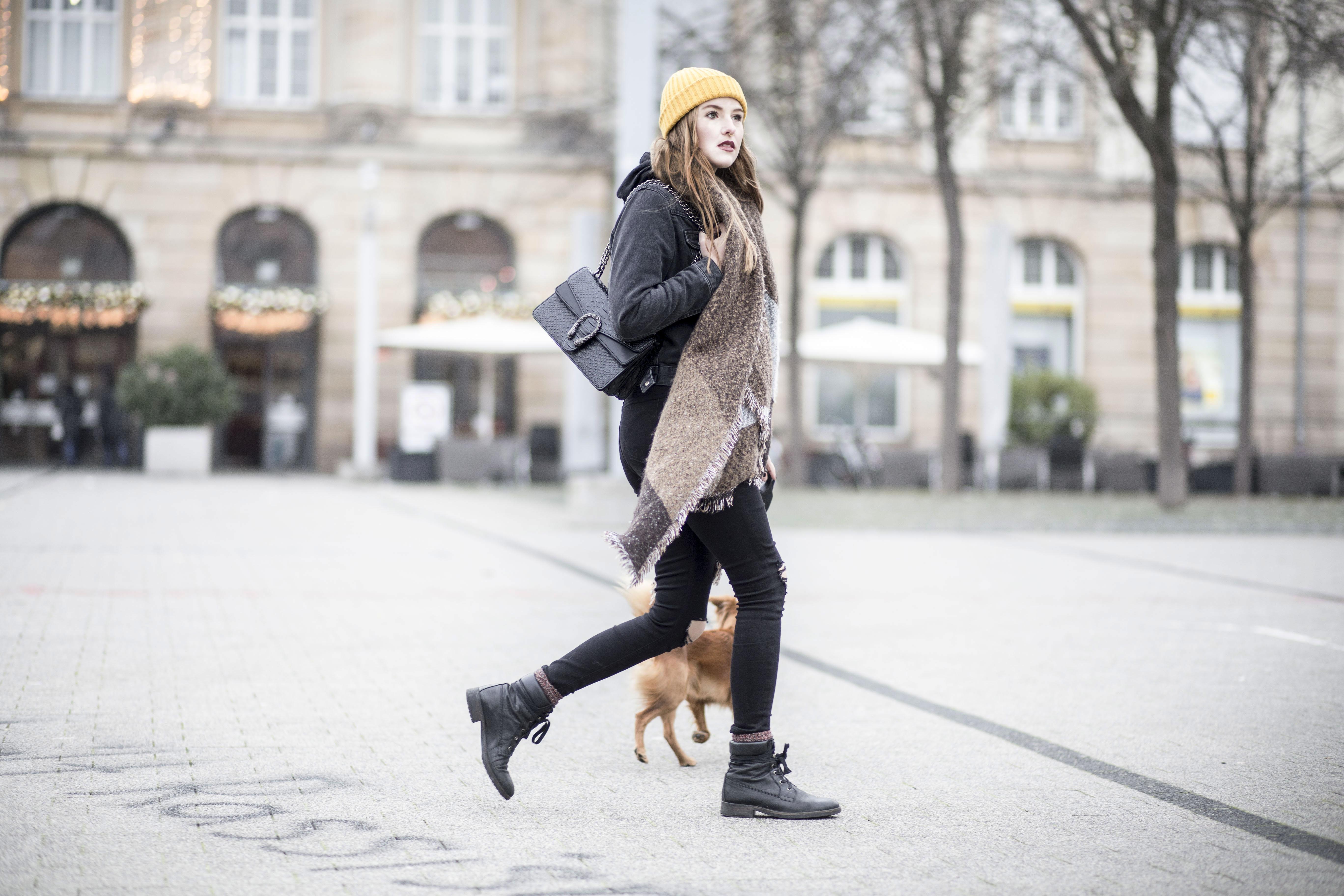 sassy-classy-scarf_12