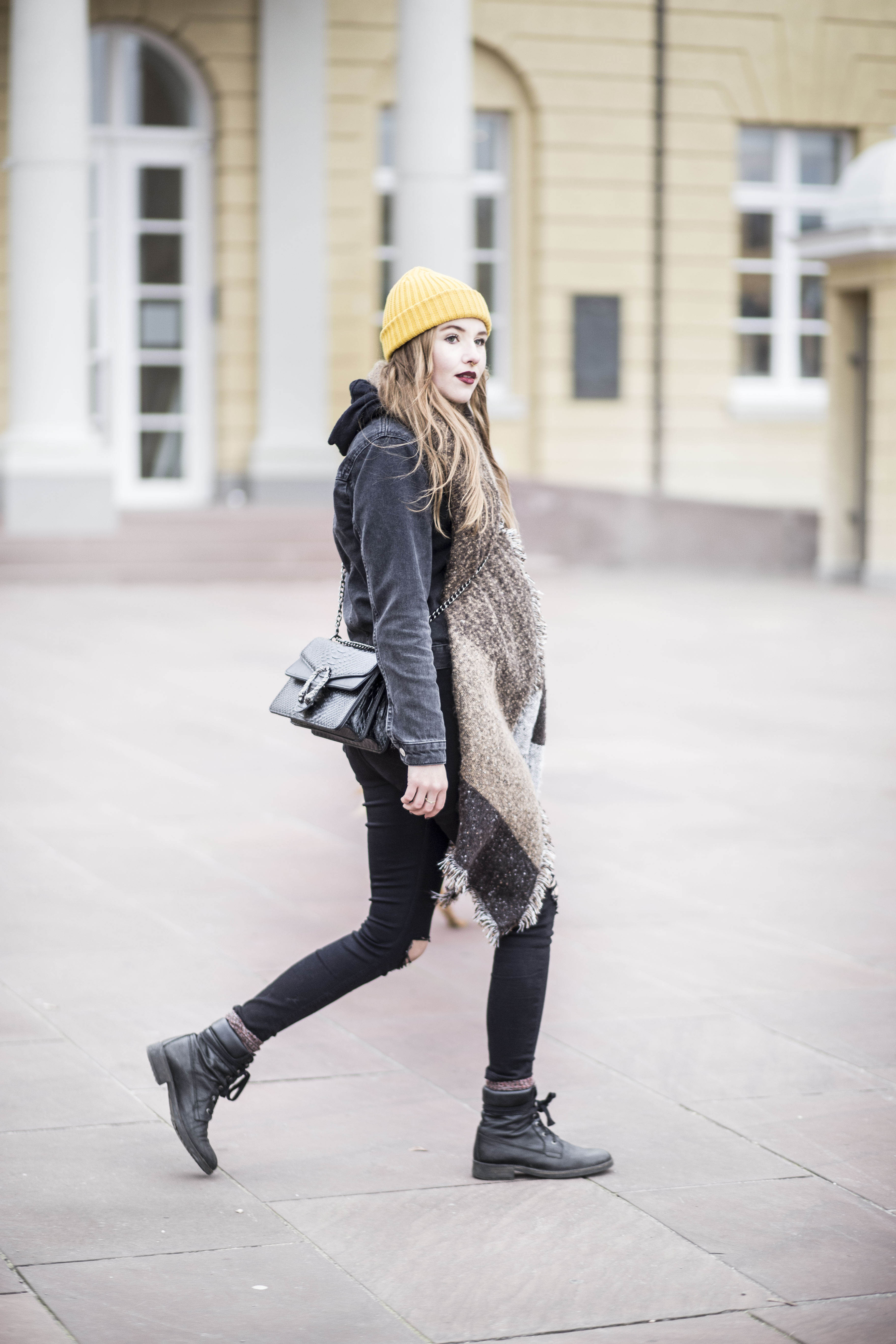 sassy-classy-scarf_18