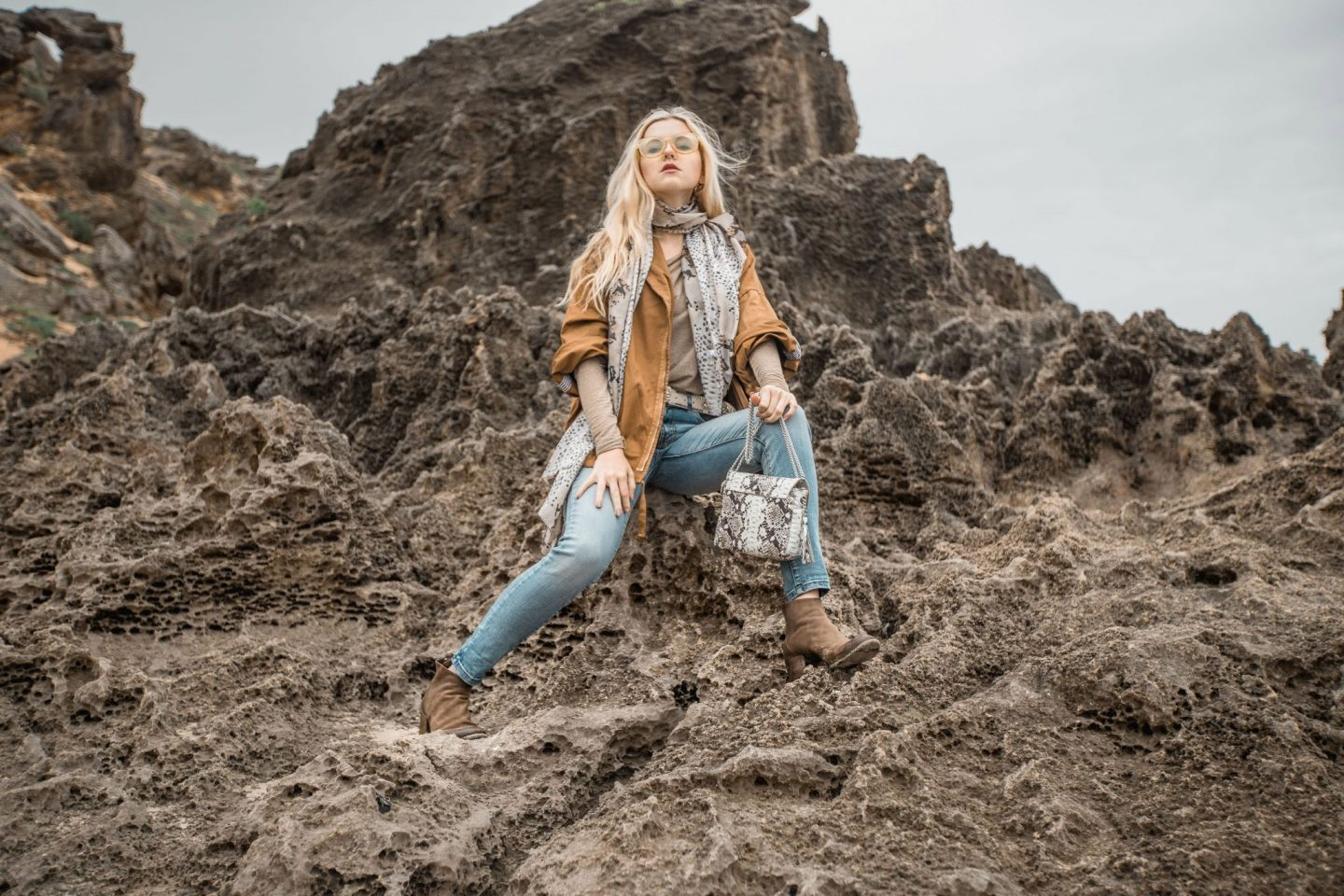 Earthy Spring Look Incognito Outfit x Nicola Marleen x Brenton on Sea