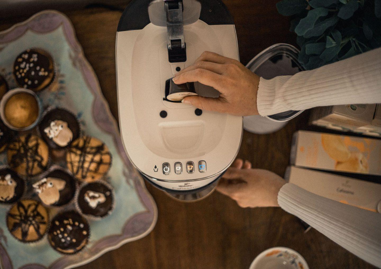 """Cafissimo Flavoured Spring Edition """"Apricot"""" und """"Pistachio"""" von Tchibo - Nicola Marleen -Pistachio White Coffee Mocha Rezept"""